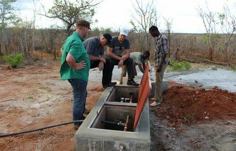 Wasseruhren an der Wasser-Bohrstelle